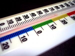 """Cómo molesta que nos metan uno de estos por """"ahí mismo"""" para medir la temperatura de las hipotecas y luego contárnoslo..."""