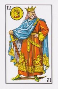 El banco juega con dos barajas con tal de seguir siendo el rey de oros