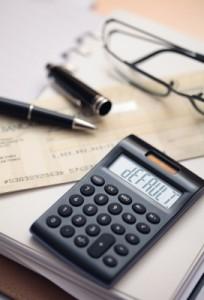 Si la hipoteca cuesta más cara, nos costará más pagarla. ¡Es de cajón!