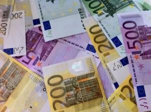 Tomad y coged lo que queráis, que luego lo pagarán todos los españoles que contribuyen al sistema