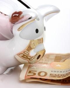 Gracias al Euríbor tan bajo, los que no tengan firmado un tipo de interés mínimo podrán oler algo de ahorro