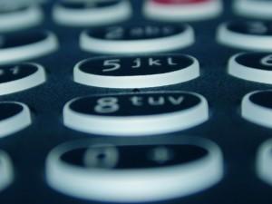 Si quiere cambiar de banco, marque 1. Si quiere cambiar su hipoteca, marque 2. Si quiere un cambio en el sistema hipotecario, marque 3 o espere... Si quiere dejar de esperar el cambio, tire la toalla